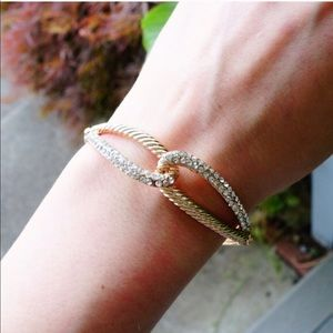 Jewelry - 🆕 18KGold-Plated Infinity Bracelet